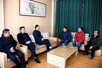 潢川县教体局领导深入城区部分学校调研指导春季开学工作